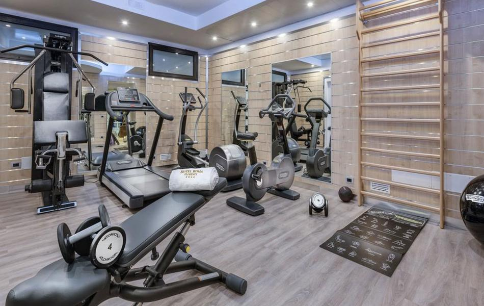 Gym of the Hotel Roma in Florence
